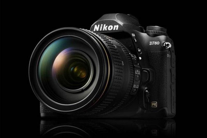دلیل فرمانروایی دوربین های DSLR در بزرگترین نمایشگاه فناوری