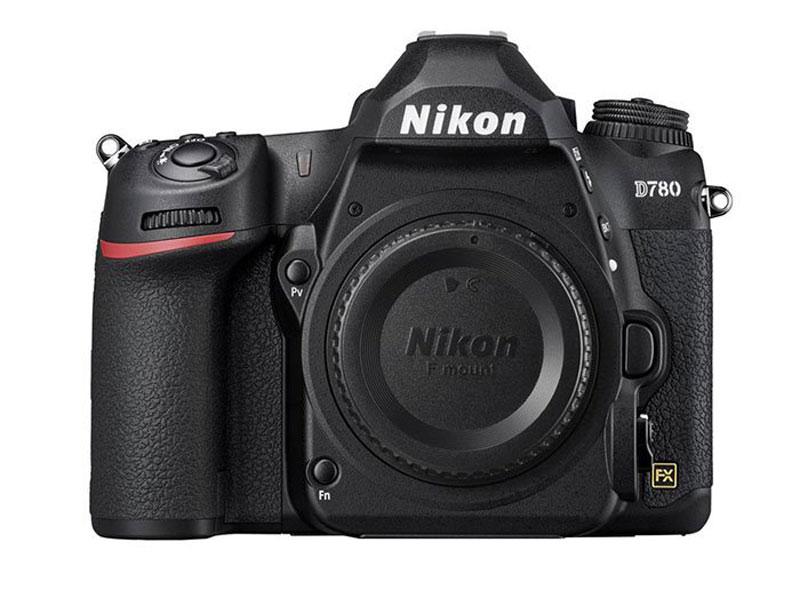 بررسی ویژگی های دوربین D780 نیکون